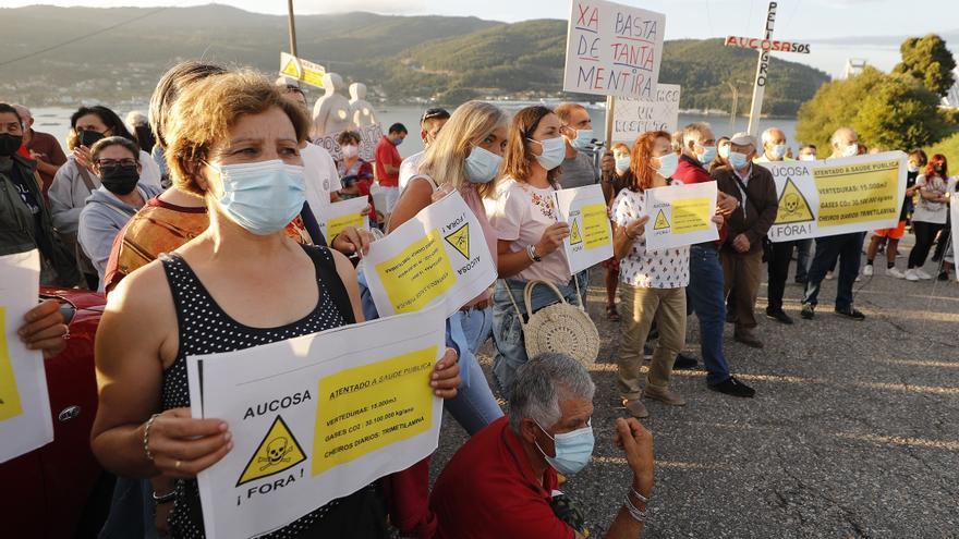 Los vecinos de Chapela y Cedeira se hartan de los malos olores de Aucosa