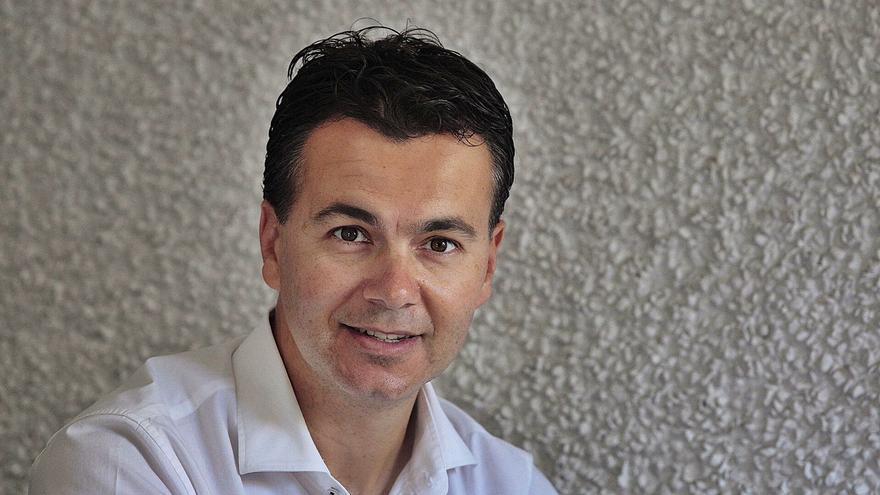Sánchez elige a Héctor Gómez como nuevo portavoz del PSOE en el Congreso