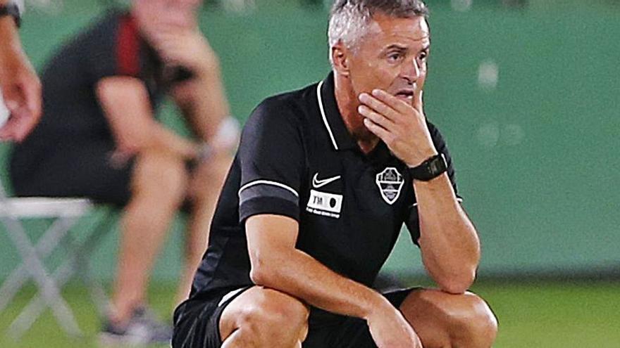 """Escribá pide disculpas por la expresión """"mala fe"""" pero se ratifica en el """"error grave"""" del árbitro del  Villarreal"""