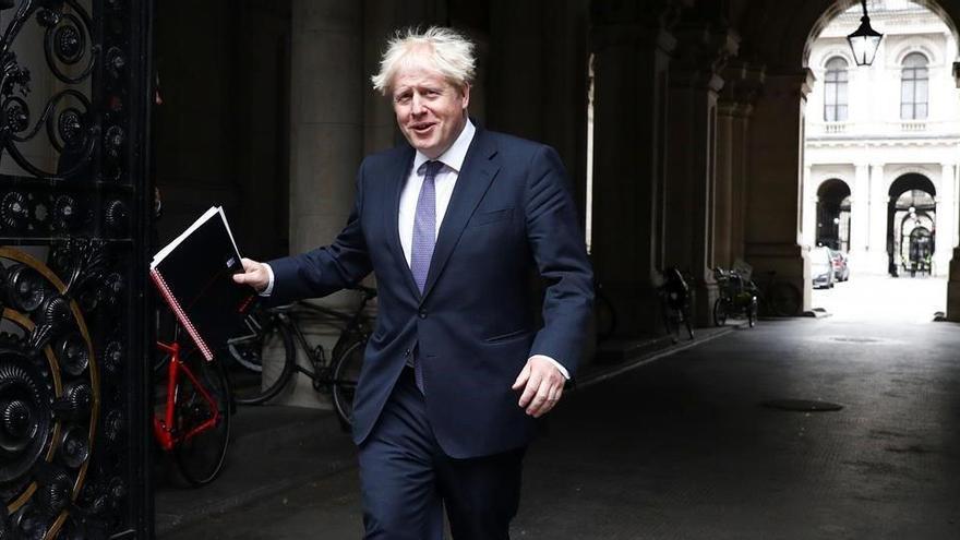 El Gobierno de Londres torpedea el 'brexit' al admitir que violará la legalidad