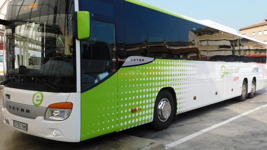 Barcelona suprimeix la parada del bus de Manresa i de Berga a Ronda Universitat