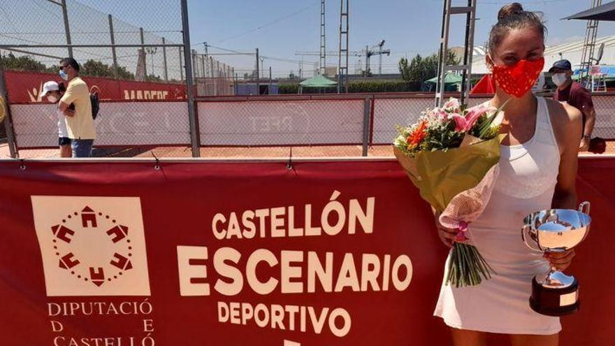 Sara Sorribes suma el doblete de la Liga Mapfre en Castelló
