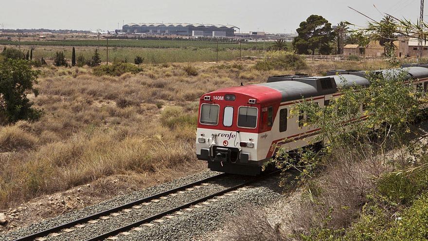 A falta de fondos para las cercanías ferroviarias Alicante- Murcia, cancelamos los trenes sin avisar