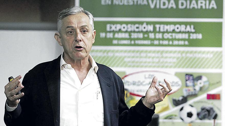 """Antonio Suárez: """"Al petróleo le quedan entre 20 y 40 años, pero no será porque se acabe"""""""