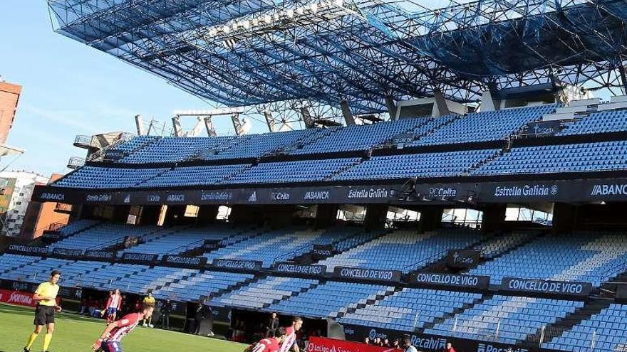 Gameiro rescata en Balaídos al Atlético de otro mal partido