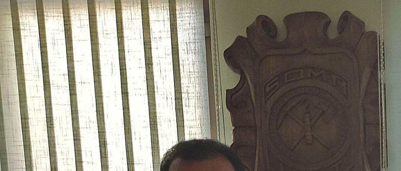 José Luis Alperi, en la sede del SOMA en Langreo.