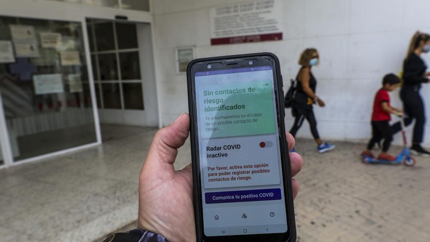 Sanidad sigue sin usar la app Radar Covid que anunció para septiembre