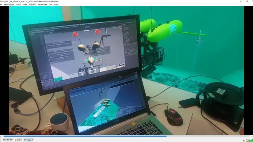 La UJI diseña un software para controlar  a distancia robots submarinos
