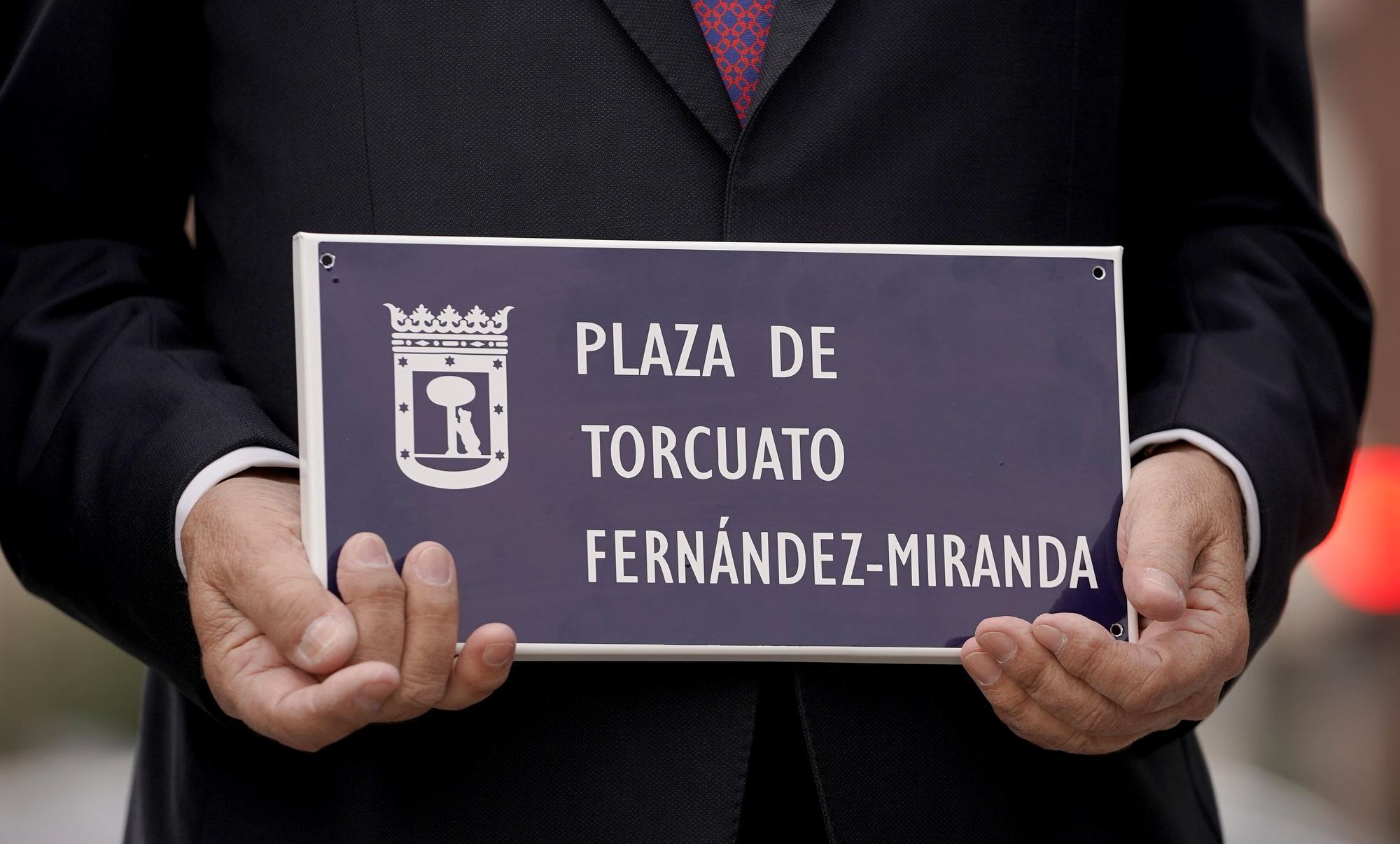 Homenaje en Madrid a Torcuato Fernández-Miranda con la concesión de una plaza en Fuencarral