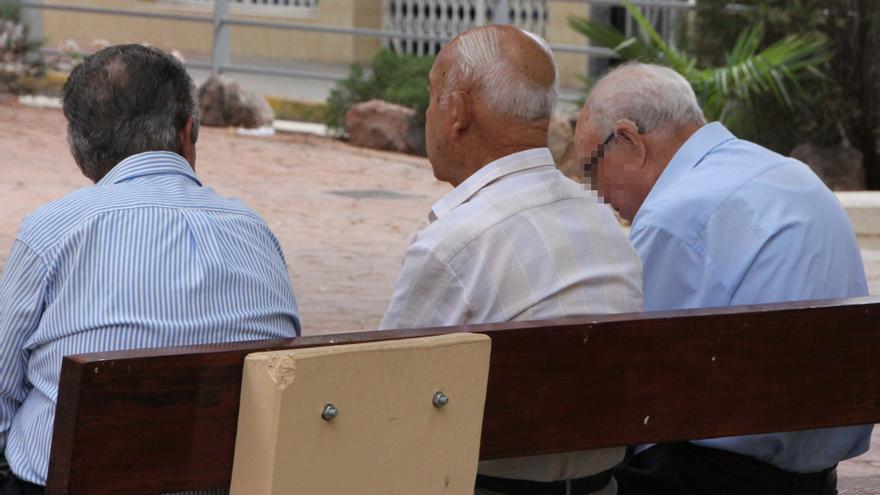 El Ayuntamiento de Elda aumenta un 21,5% las ayudas para actividades de interés social y de mayores