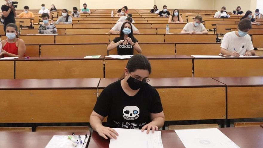 Aprueban la Selectividad tres de cada cuatro alumnos en las pruebas de septiembre