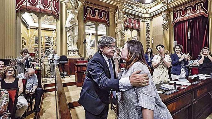 El socialista Vicenç Thomàs, nuevo presidente del Parlament