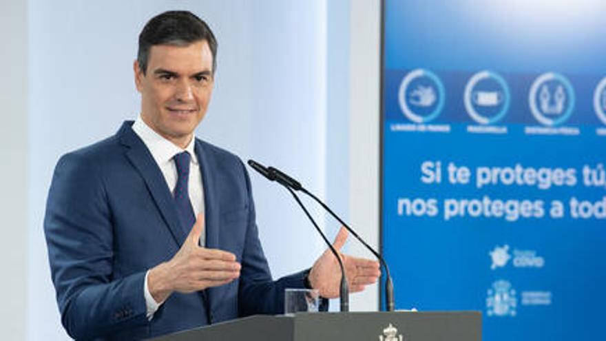 Sánchez diu que la vacunació bat «rècord rere rècord» i reitera que haurà arribat al 70% de la població a l'agost