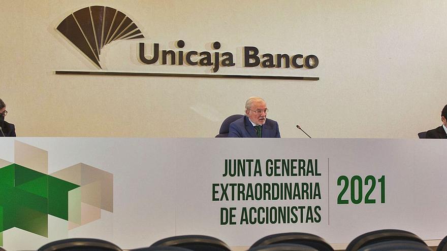 Unicaja Banco sella la absorción de Liberbank y sólo espera ya la autorización administrativa