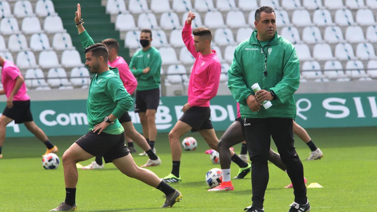 Germán Crespo, ayer en El Arcángel, durante su primer entrenamiento con el Córdoba CF.