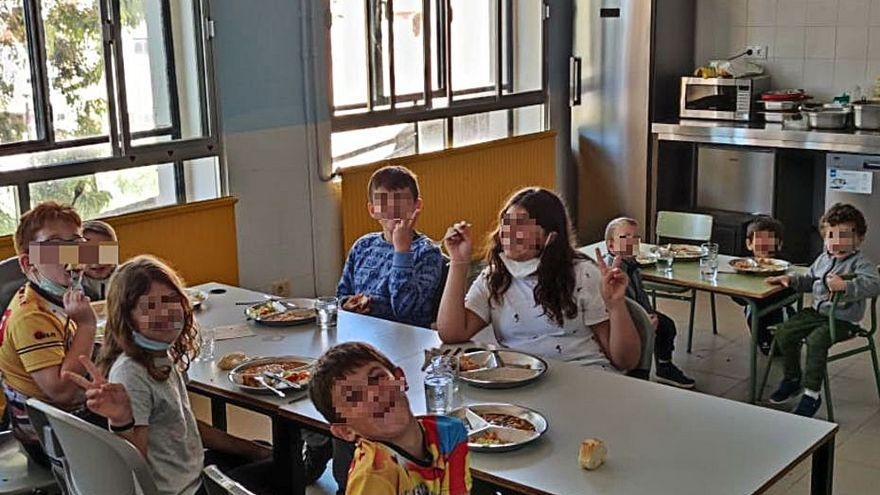 Gàtova abre el comedor escolar para atraer a nuevas familias