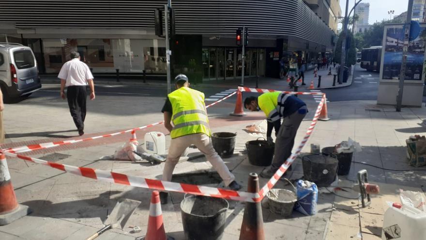 Arreglo de aceras, bordillos y baldosas en medio millar de calles de Alicante