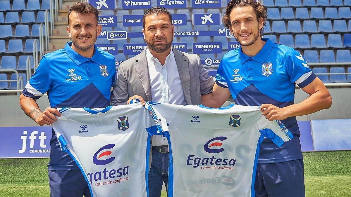 Elady Zorrilla, Juan Carlos Cordero y Alexandre Corredera.     CD TENERIFE