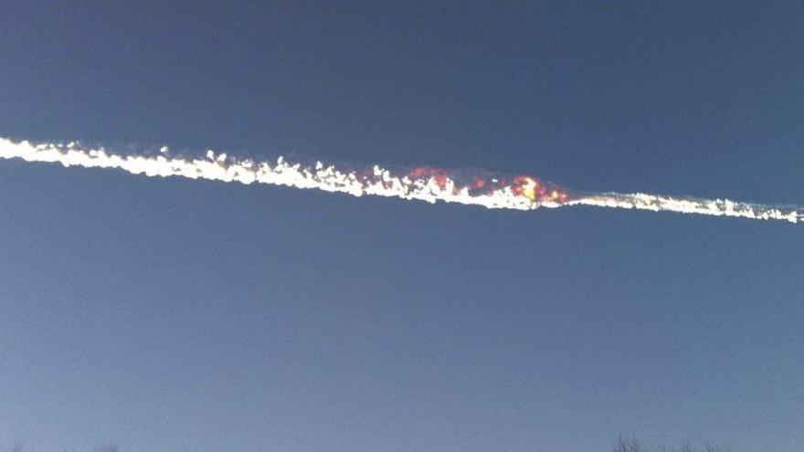 Una bola de fuego sobrevuela el Mediterráneo a 105.000 km/hora