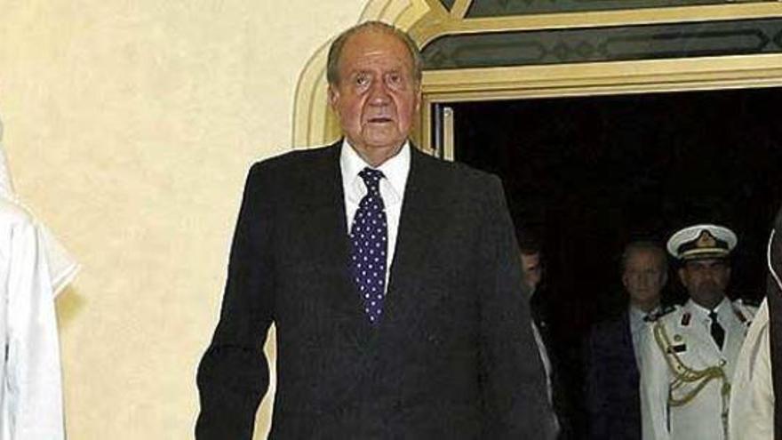 Joan Carles I passa per quiròfan a Abu Dhabi «ben acompanyat»