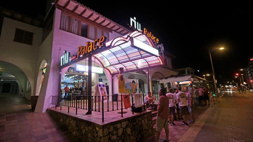 RIU ampliará oficinas con la compra de la discoteca RIU Palace a Cursach