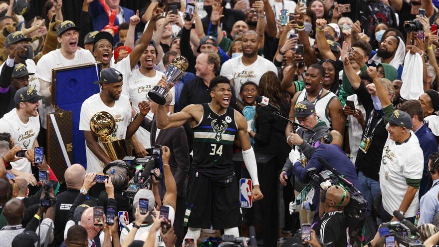 Giannis Antetokounmpo guía a los Bucks hasta el título de la NBA