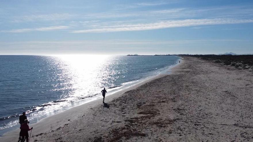 Playas e interior: vergeles en la montaña y un litoral lleno de sol