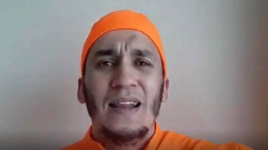 Mohamed Hajib alienta al terrorismo en las redes sociales