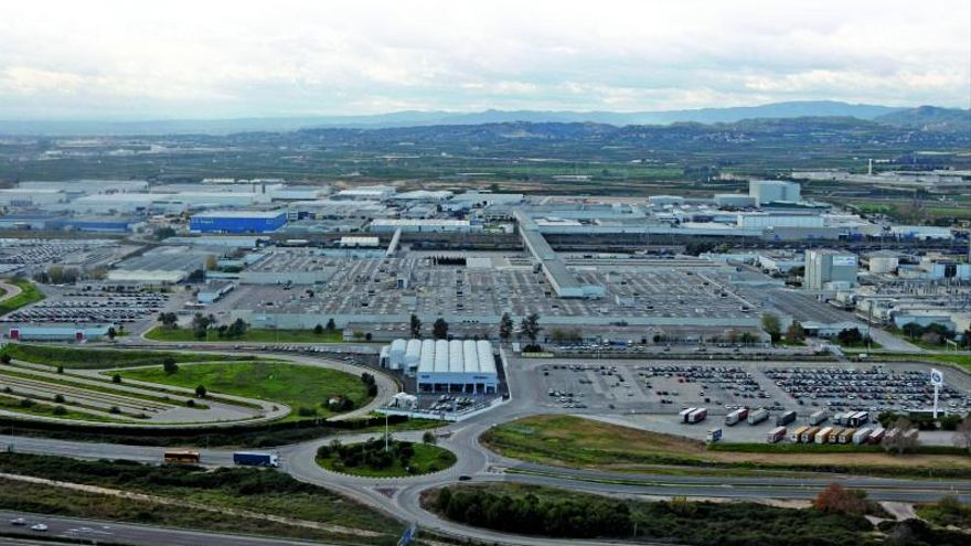 Los proveedores de Ford se enchufan al coche eléctrico