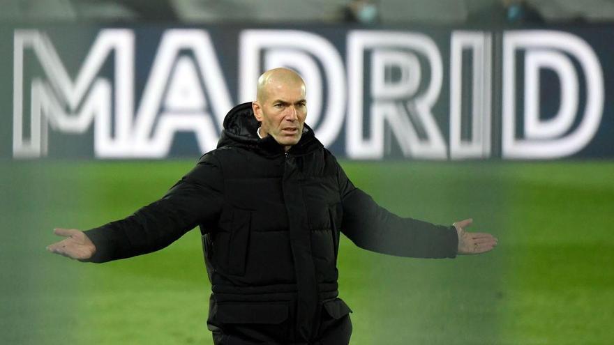 Zidane siembra la incertidumbre sobre su futuro en el Real Madrid