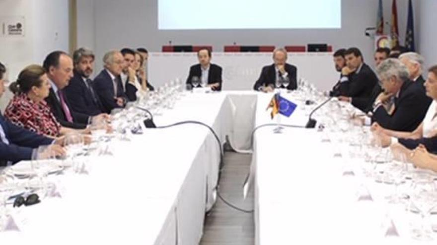 Morata se reúne con el embajador español en India
