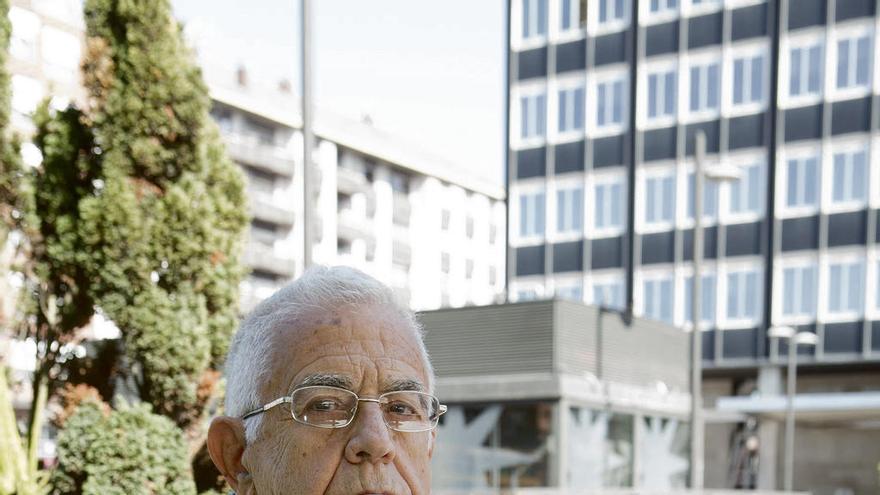 """Omar Fernández de Cañizares: """"La Revolución mereció la pena; el castrismo continuará cuando ya no esté Raúl"""""""