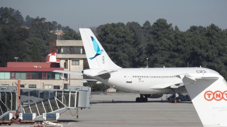 El avión de SATA que tuvo que operar en Peinador por una huelga en Portugal