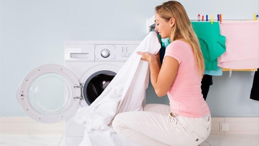 El producto que todo el mundo busca en el súper para limpiar tu lavadora y evitar que se estropee