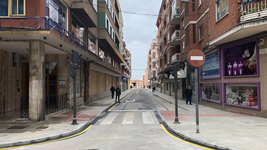 La calle Condes de Alba y Aliste de Zamora se abre al tráfico mañana