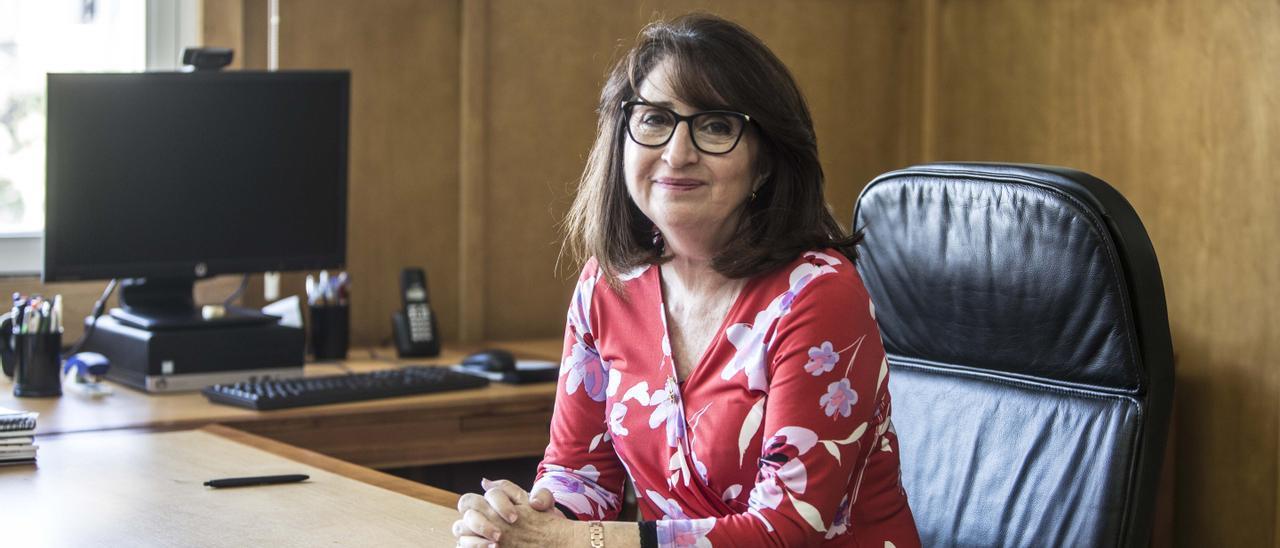 La rectora de la UA, Amparo Navarro