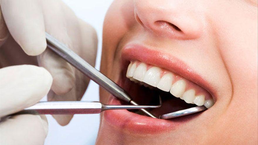 El 16% de los canarios tiene miedo de ir al dentista debido a la COVID-19