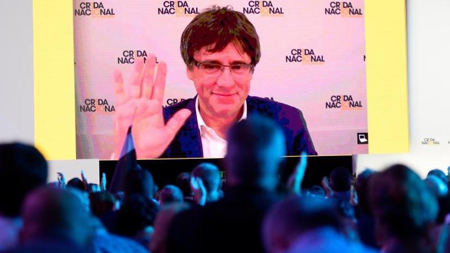 "Puigdemont pide unidad ""sin reproches"""