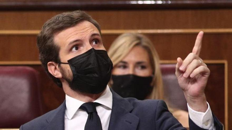 """Casado: """"Lleva dos años siendo desleal tolerando los ataques de su Gobierno al jefe del Estado"""""""