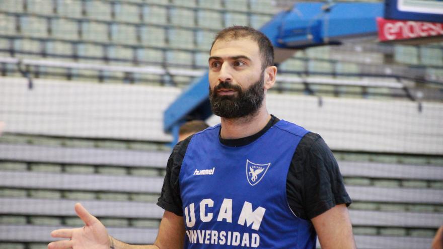 """Vasileiadis: """"Vamos terceros pero hay cosas que mejorar"""""""