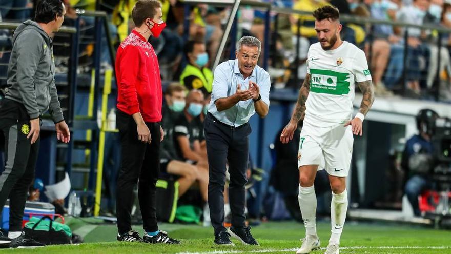 Abren expediente a Escribá por sus críticas al árbitro de Villarreal