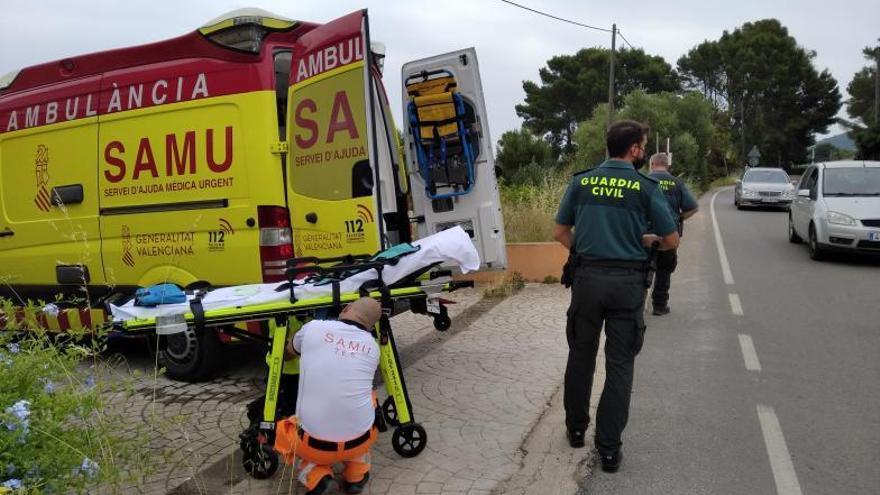 Una niña de 19 meses fallece tras caer a la piscina de un chalé en Xàbia