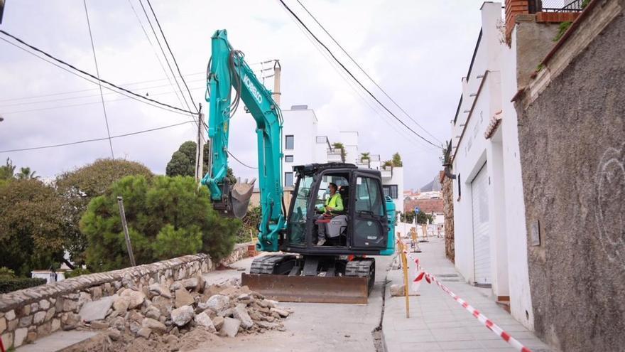 El Ayuntamiento invertirá  400.000 euros en obras en distritos en el último trimestre