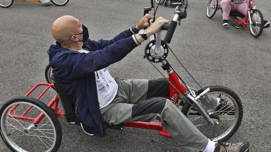 El arte de pedalear con las manos