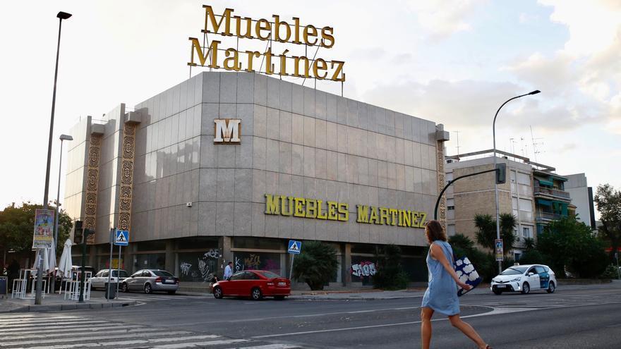 Comienzan los trámites para convertir el antiguo edificio de Muebles Martínez en viviendas