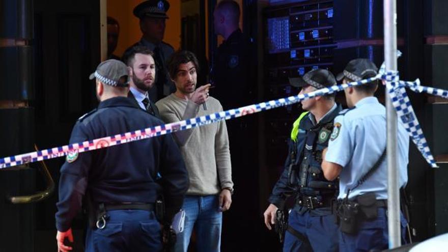 Un hombre mata a una mujer y hiere a otra en un ataque con cuchillo en Sídney