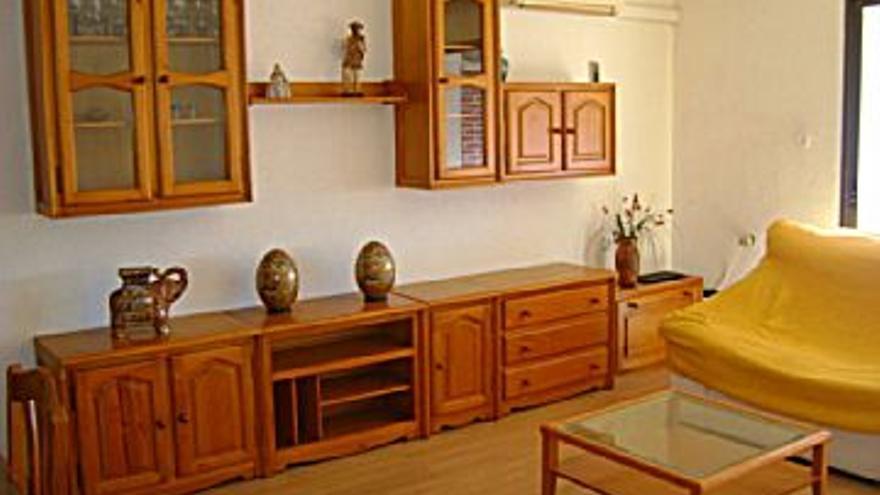 68.000 € Venta de piso en Puerto de Sagunto 105 m2, 4 habitaciones, 2 baños, 648 €/m2, 6 Planta...