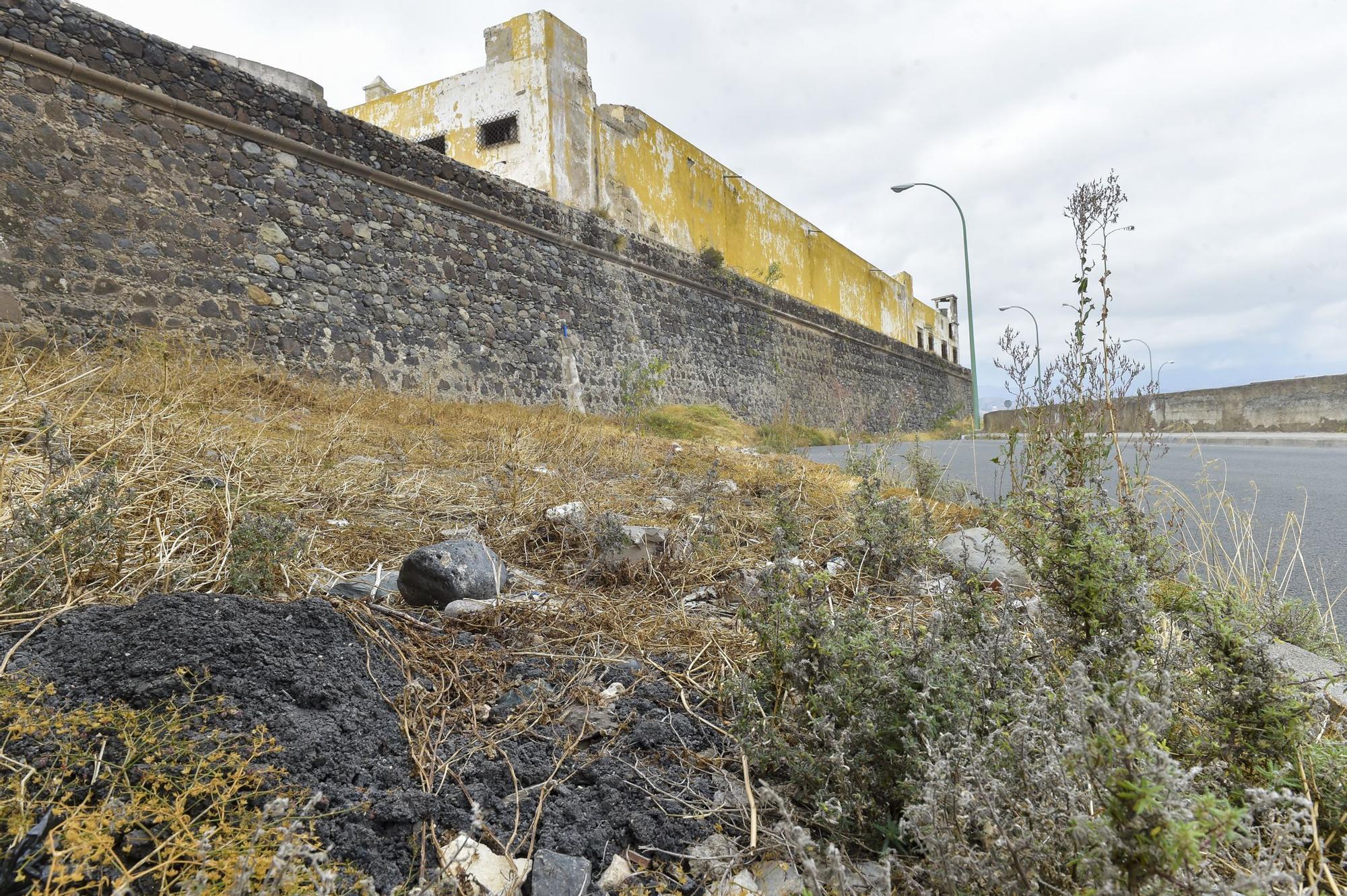 Castillo de San Francisco donde el Ayuntamiento capitalino hará limpieza de la zona y una prospección arqueológica