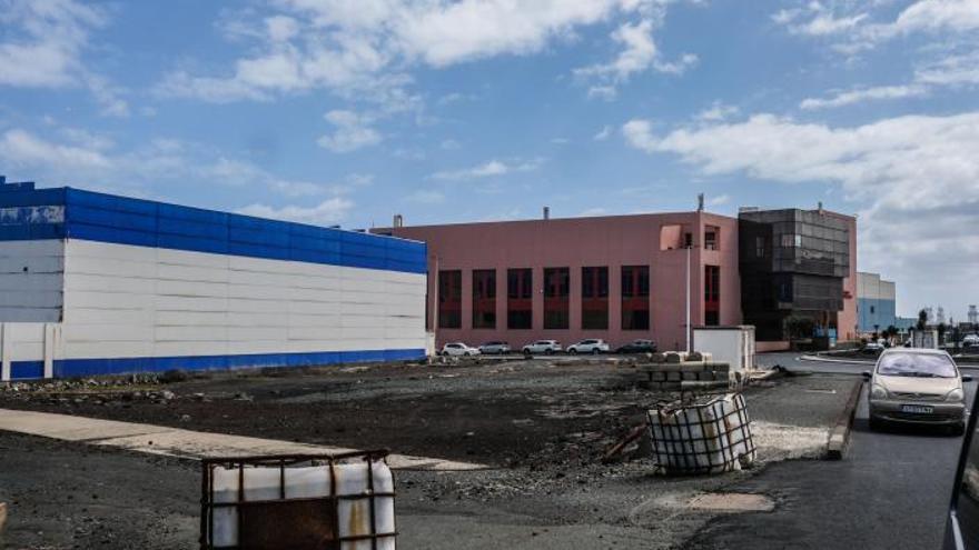 Hermanos García Álamo construirá  el nuevo aparcamiento de la Zona Franca
