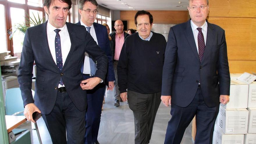 El expresidente de la Junta hace campaña en León